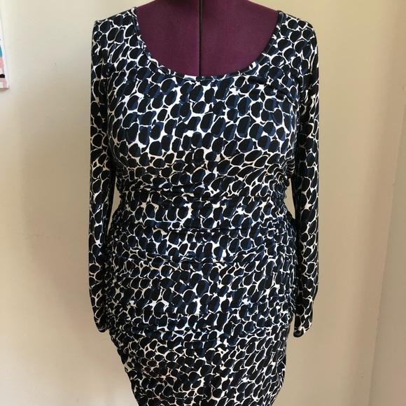Rachel Pally White Label Dresses & Skirts - Rachel Pally White Label Ruched bodycon dress 2x